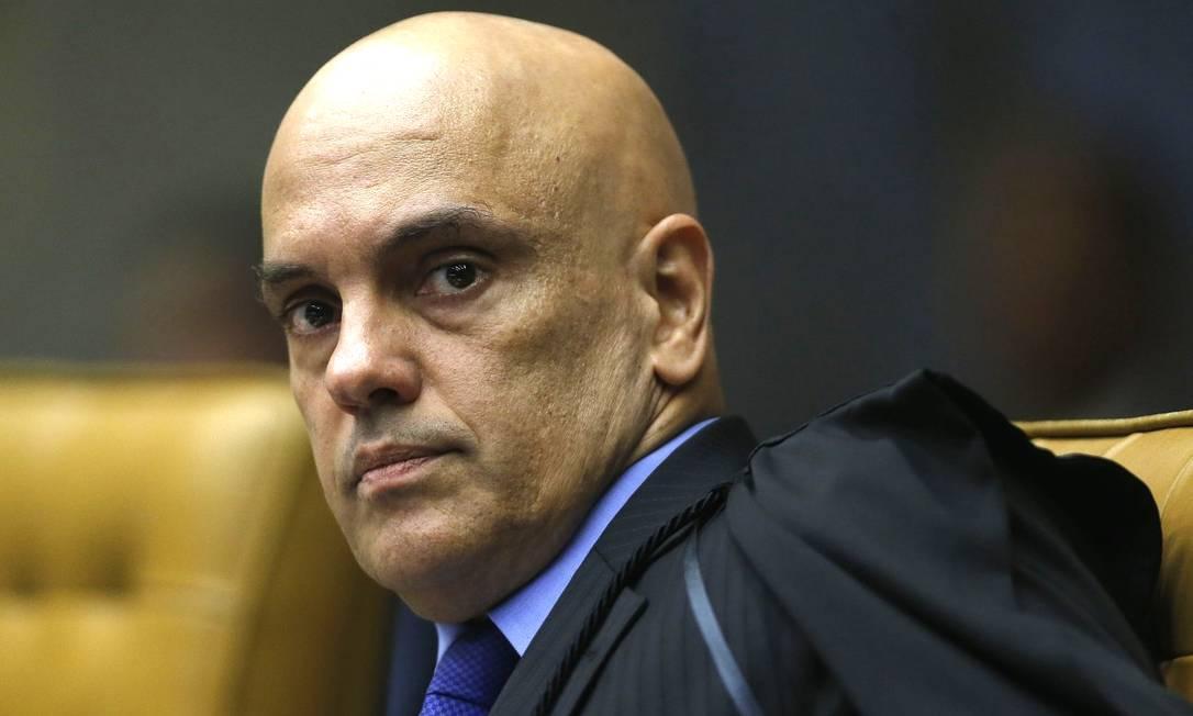 """Twitter e Google dizem que Alexandre de Moraes tomou decisões ilegais  contra perfis de direita: """"está"""